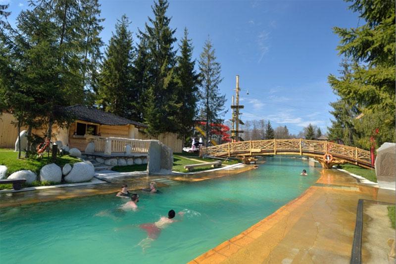 Ośrodek wypoczynkowy Słoneczny Dworek baseny termalne